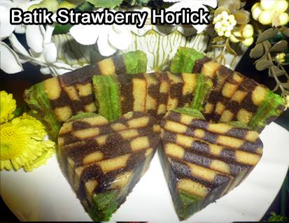 Batik Strawberry Horlick