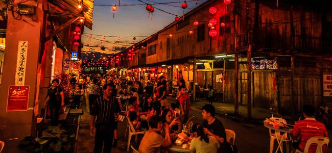 Siniawan Night Market (Kuching-Bau)