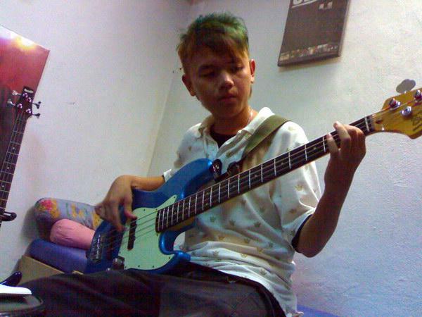 20081111-band11