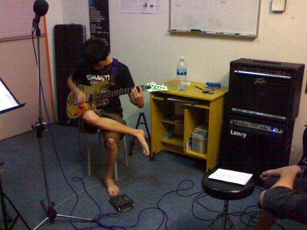 20081111-band15
