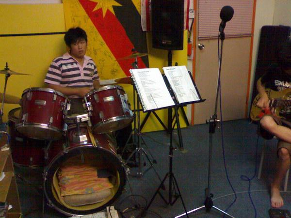 20081111-band16